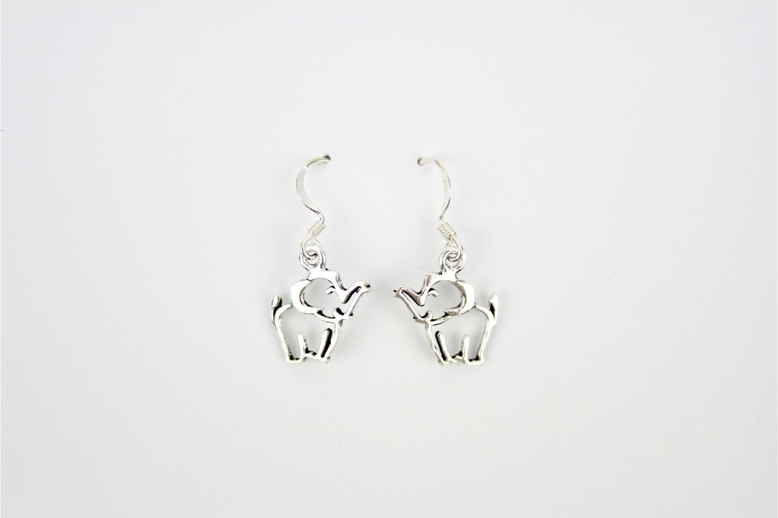 Short Drop cut out elephant silver earrings