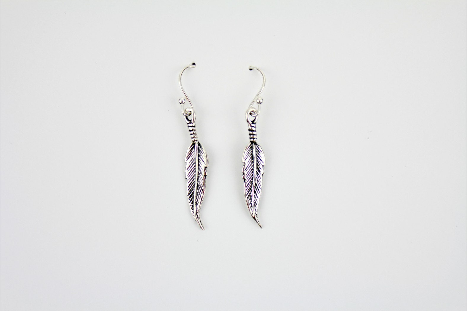 Feather Design drop earrings silver aged