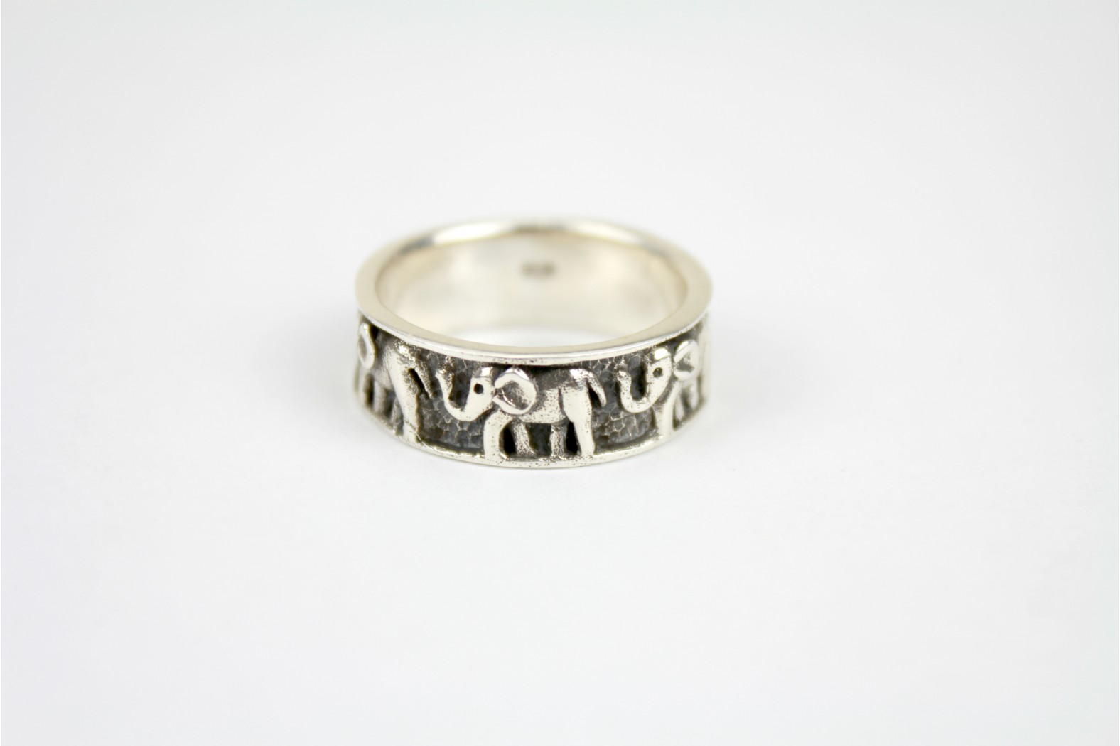 Chunky inlay Elephant band aged silver style size 9 or R