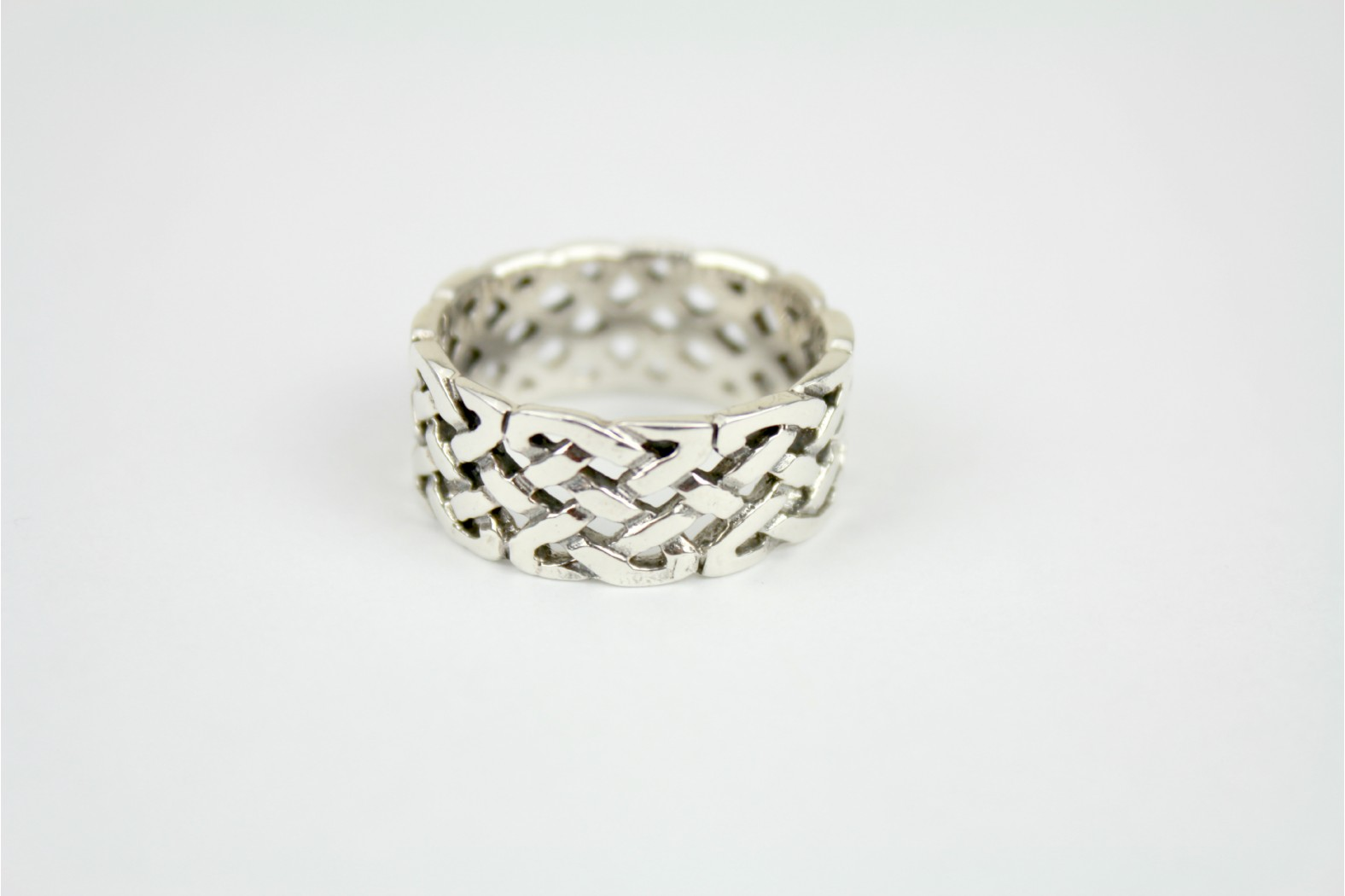 Wide chunky band cut out Celtic style size 10 or T. DELIVERY 7 WORKING DAYS