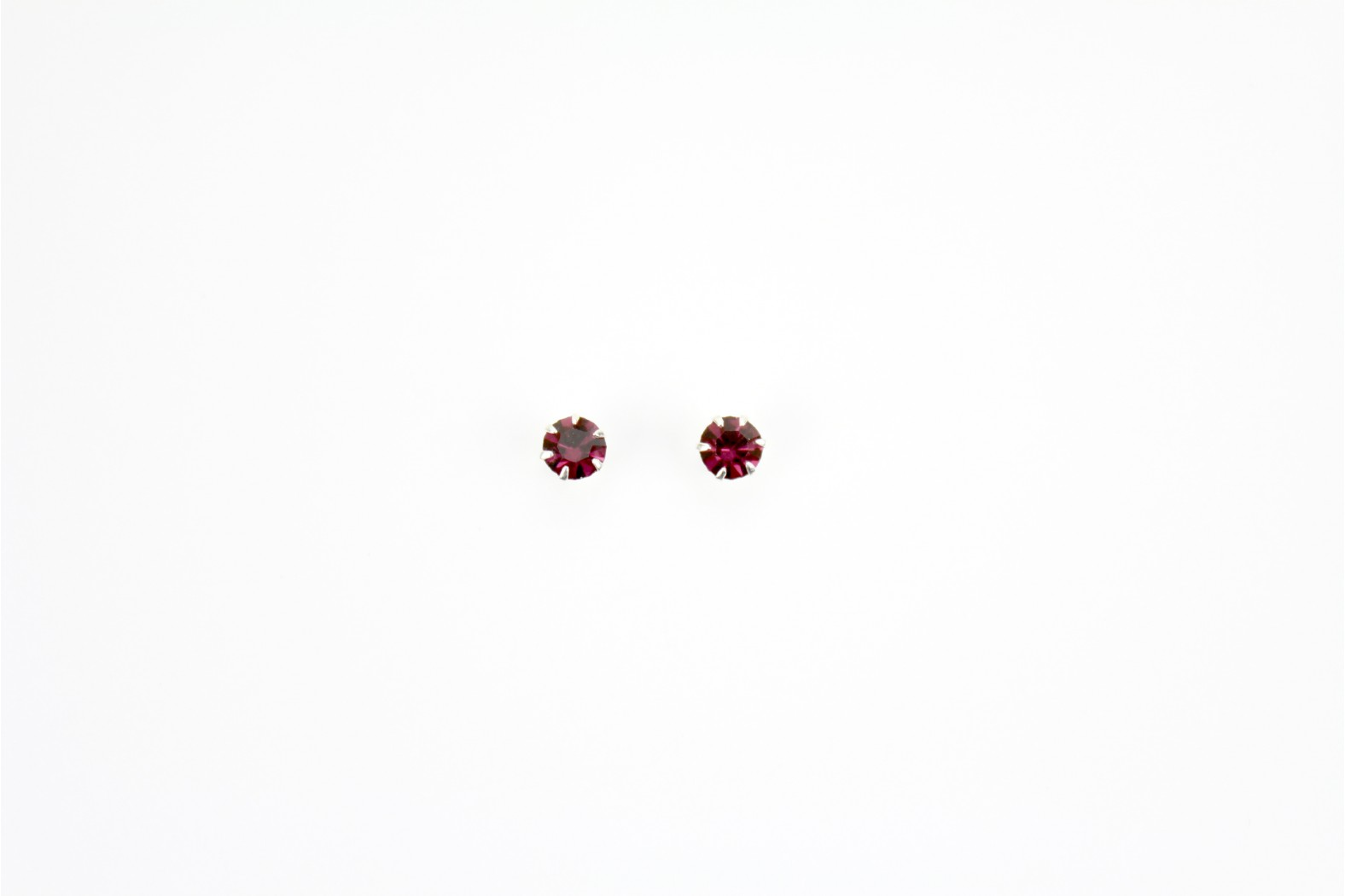 Austrian Crystal Heart Shaped claw set stud earrings faceted