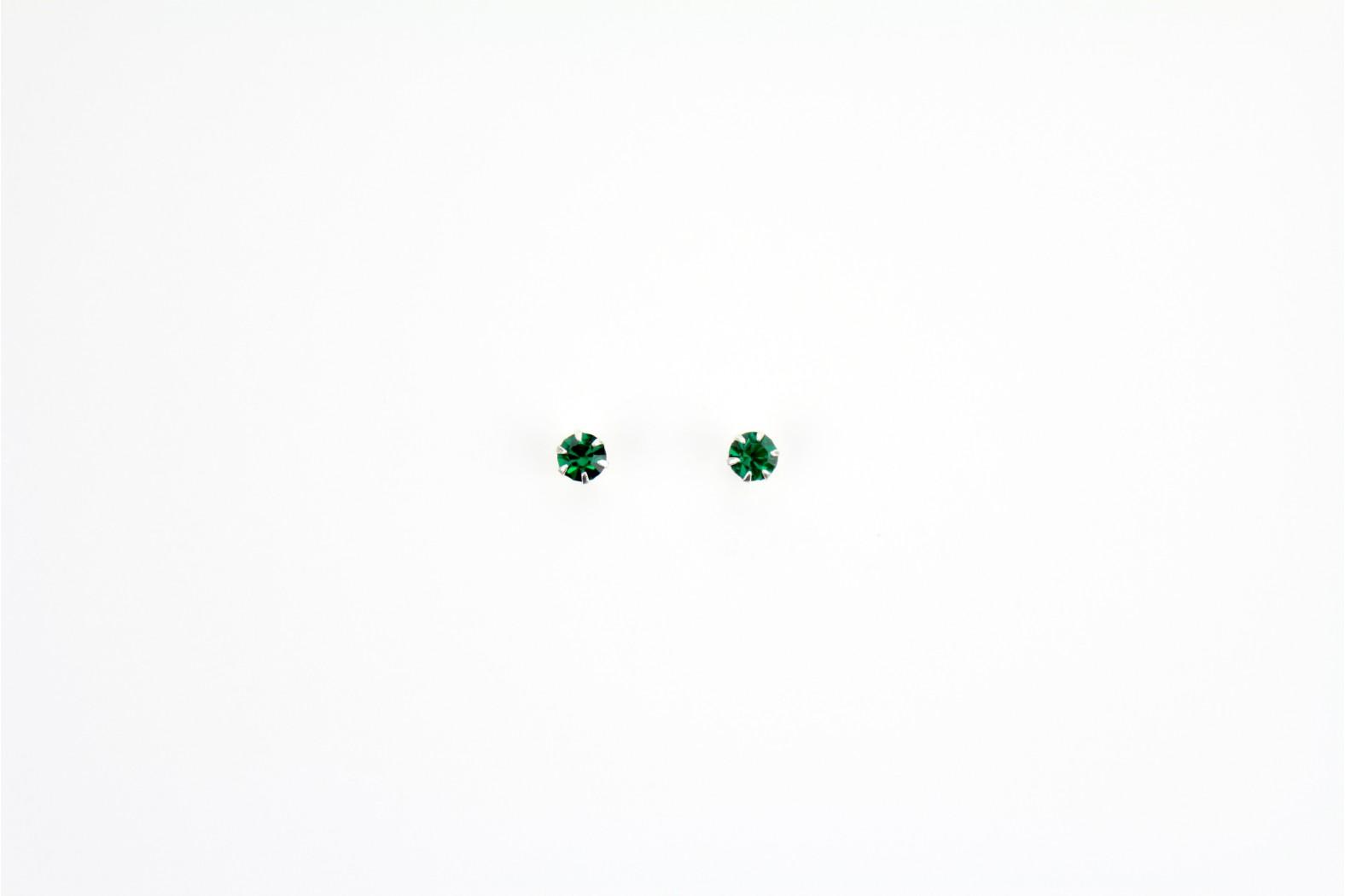 Austrian Crystal claw set stud earrings Emerald Green medium